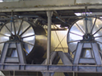 Centrifugating immersion tanks